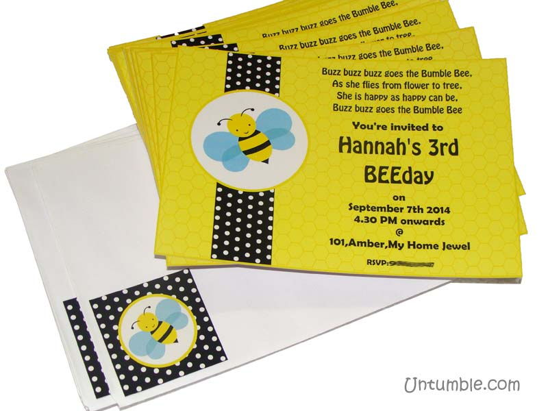 Bumble Bee birthday theme Rectangular Invitations