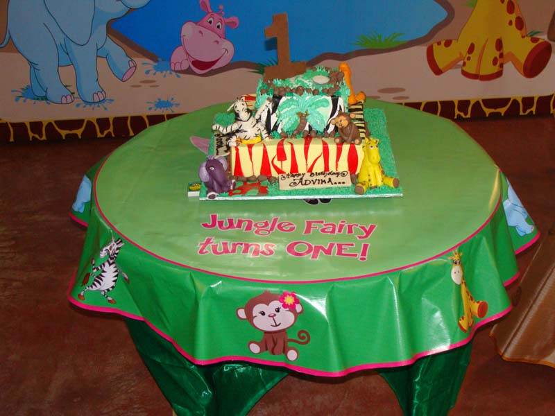 Jungle Birthday Supplies theme Table covers