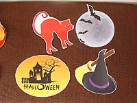 Cat, haunted house and witch hat - Hallooween
